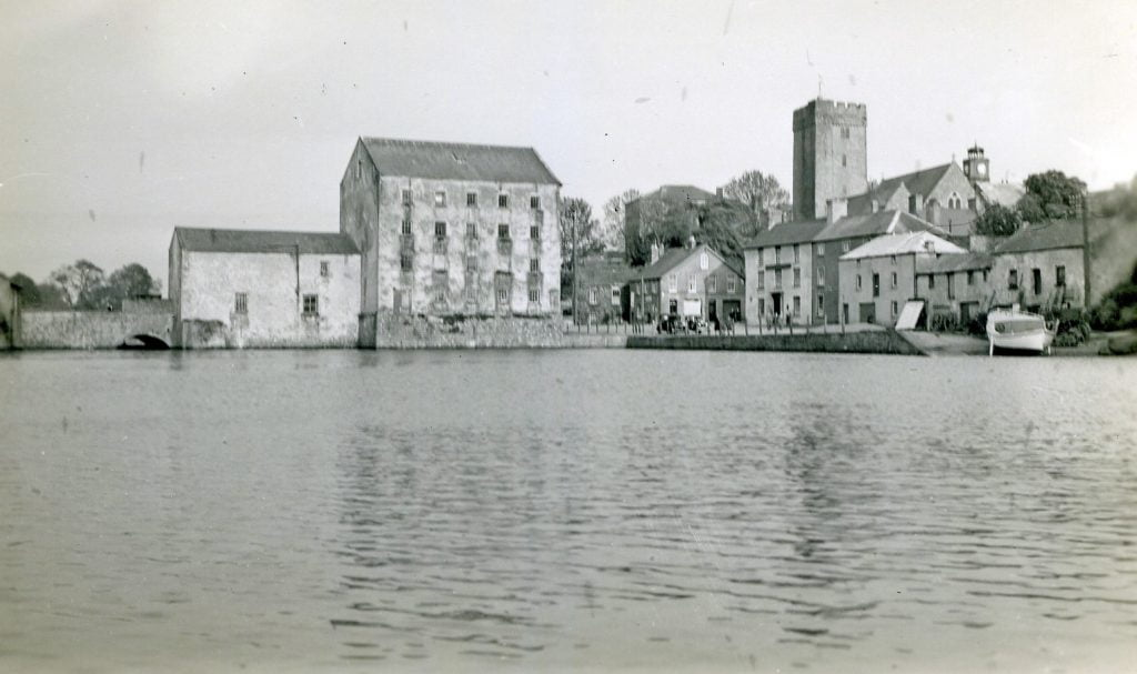 The old Mill and Mill Bridge